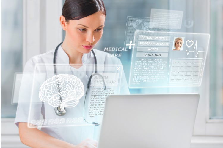 Medical staff access patient profile on computer